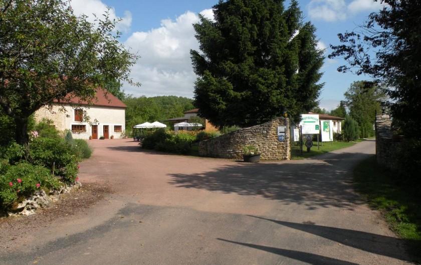 Location de vacances - Camping à Langres - L'entrée