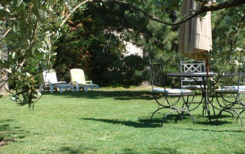Location de vacances - Appartement à Grignan - salon de jardin