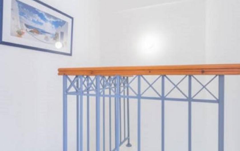 Location de vacances - Villa à Paphos - L'escalier