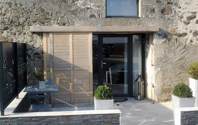 Location de vacances - Chambre d'hôtes à Saint-André-de-la-Marche - Chambre Oiseaux: terrasse privative