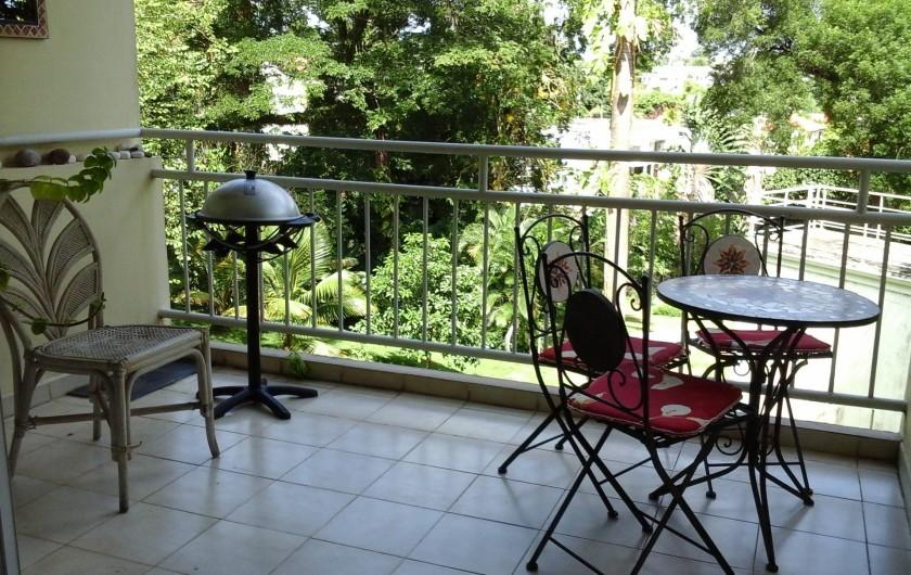 Location de vacances - Appartement à Fort-de-France - Balcon