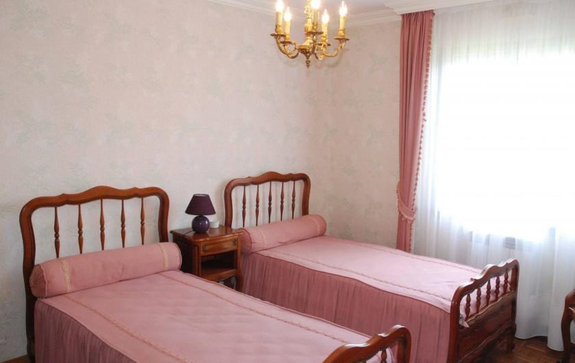 Location de vacances - Villa à Névez - Chambre 2 lits simples