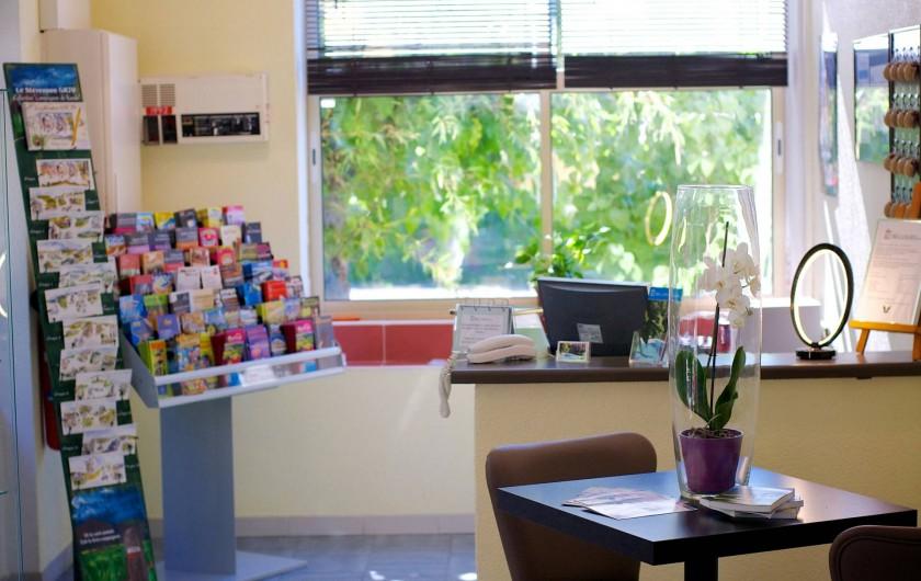 Location de vacances - Hôtel - Auberge à Saint-Jean-du-Gard - La reception ou vous trouverez tout ce dont vous aurez besoin pour un agréable