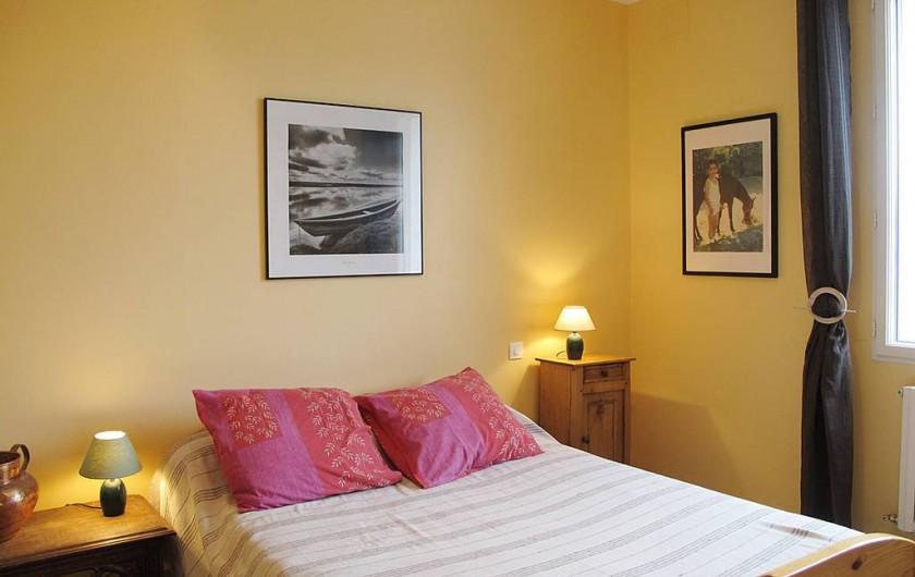 Location de vacances - Villa à Plougrescant - chambre rez de chaussée