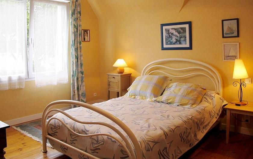 Location de vacances - Villa à Plougrescant - chambre étage