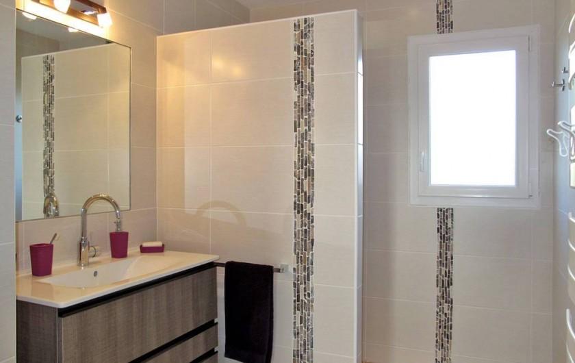 Location de vacances - Villa à Plougrescant - salle d'eau douche italienne