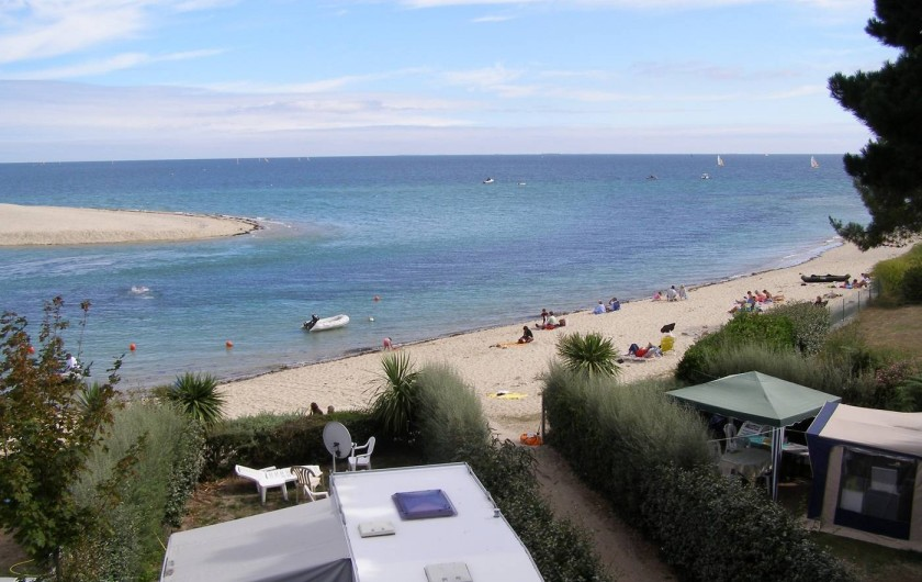 Location de vacances - Camping à Bénodet - Emplacement près de la plage