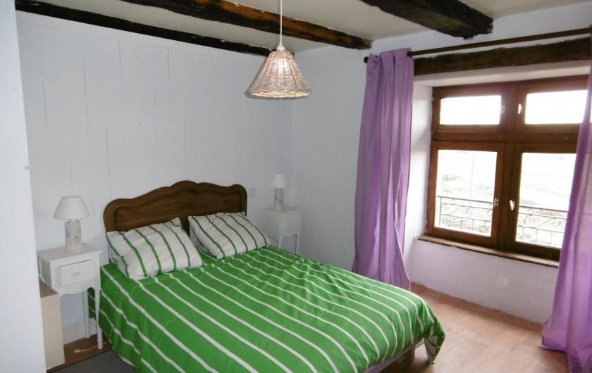 Location de vacances - Gîte à Saint-Chély-d'Aubrac - chambre avec 1 lit en 140/190