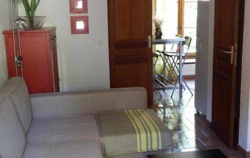 Location de vacances - Maison - Villa à Rustrel - Le salon ouvert.