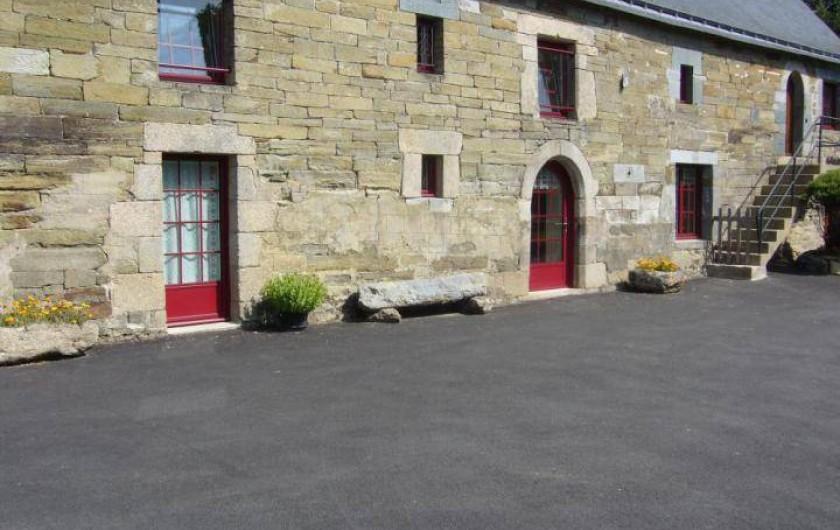 Location de vacances - Maison - Villa à Cléguérec - Façade sud de la maison