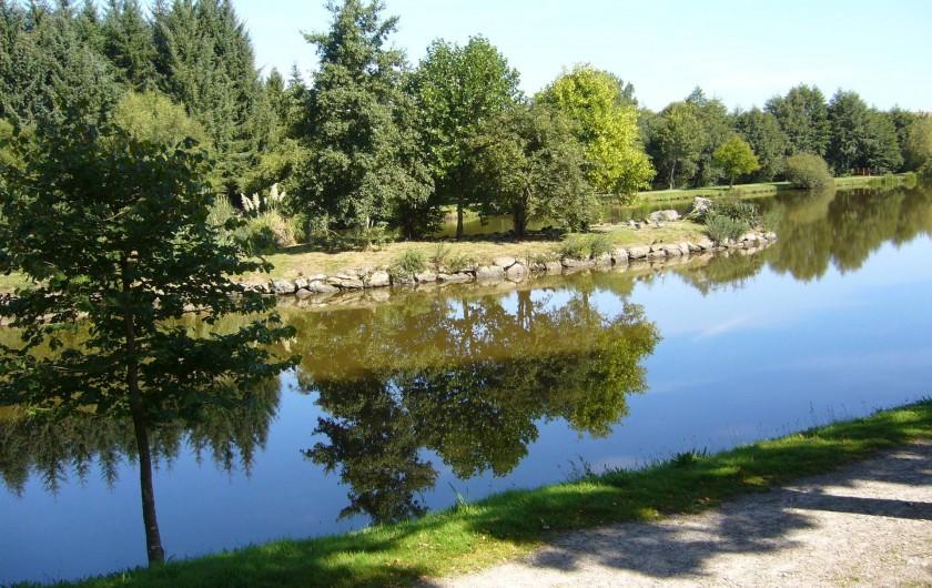 Location de vacances - Maison - Villa à Cléguérec - plan d'eau avec jeux a 600M
