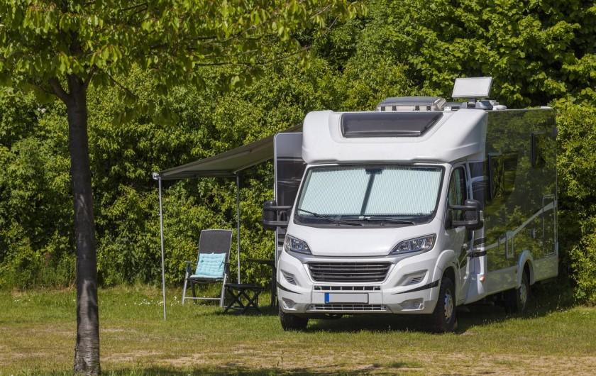 Location de vacances - Camping à Argences-en-Aubrac - EMPLACEMENTS