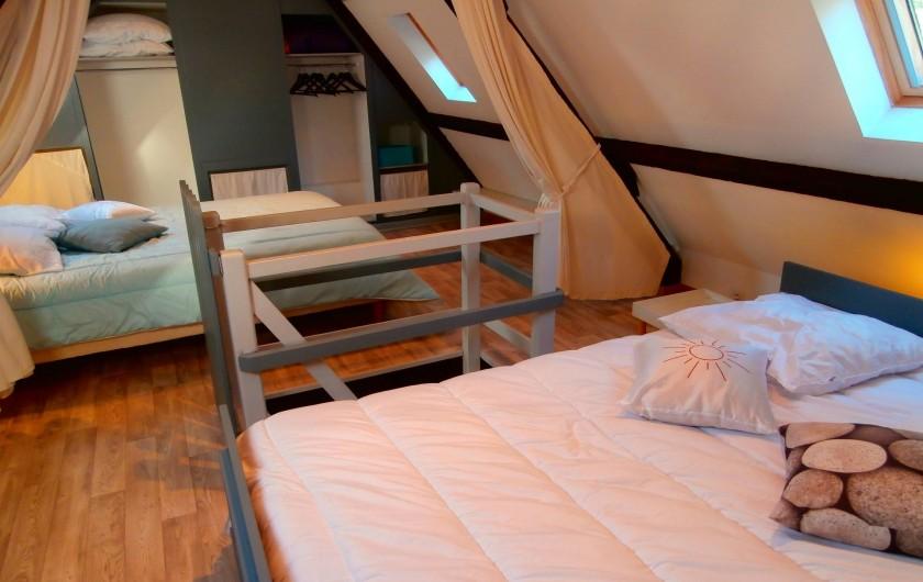 Location de vacances - Gîte à Beuvrequen - Chambre 1 et son lit 2 personnes