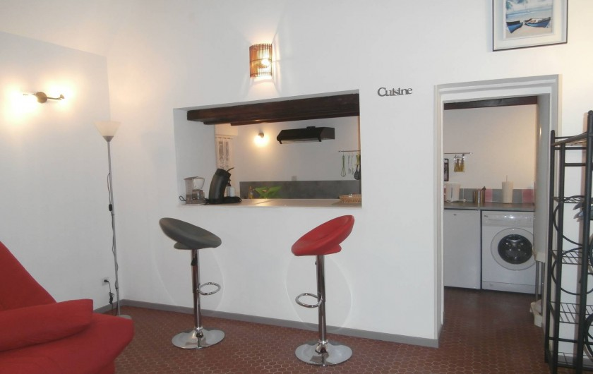 Location de vacances - Gîte à Beuvrequen - Le petit coin bar avec ses deux tabouret