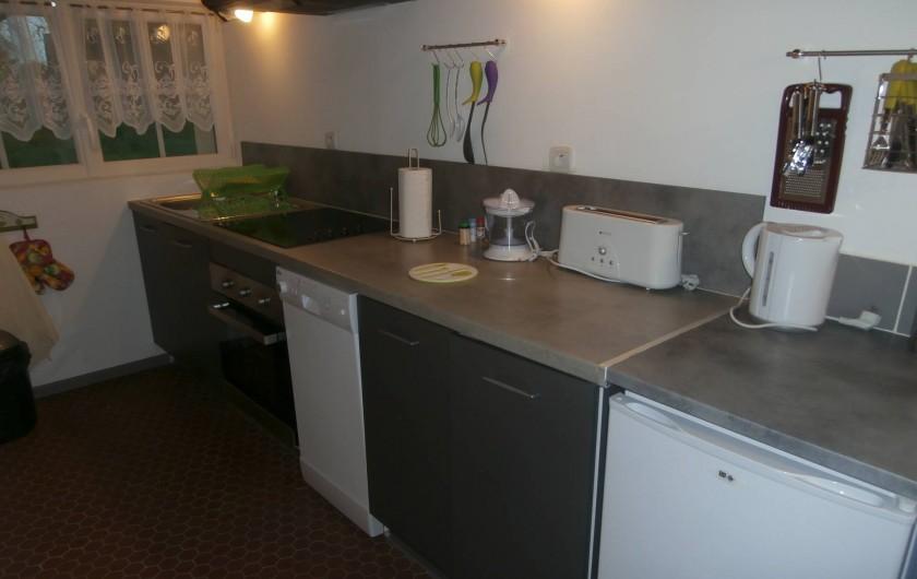 Location de vacances - Gîte à Beuvrequen - La cuisine équipée