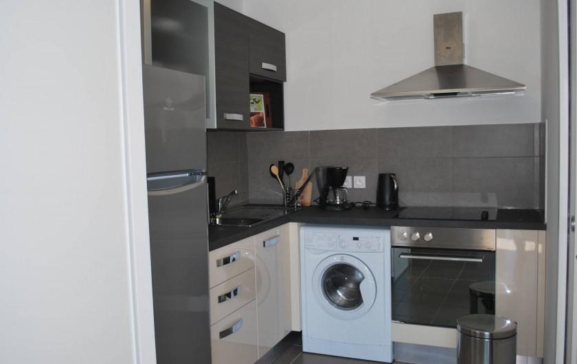 Location de vacances - Appartement à Oletta - le coin cuisine