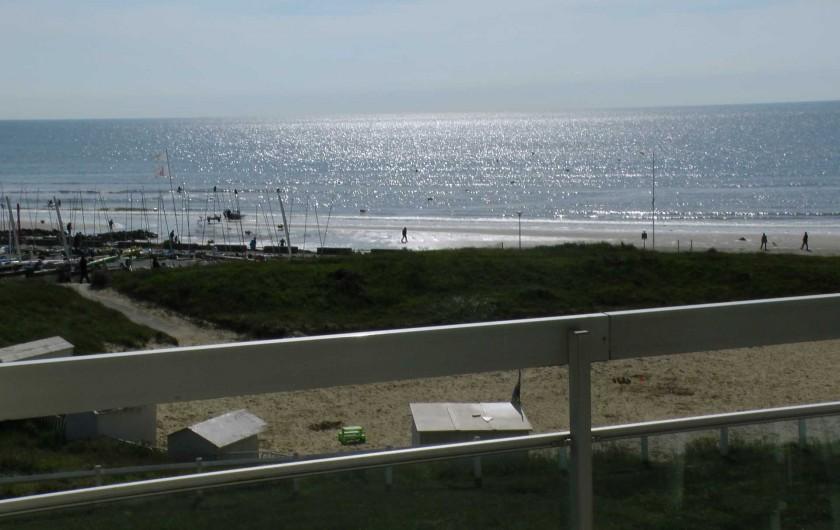 Location de vacances - Studio à Hardelot-Plage - Vue sur mer depuis le balcon. Accès direct à la plage.