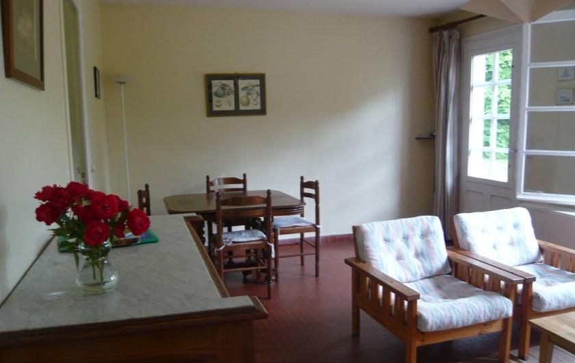 Location de vacances - Gîte à Azay-le-Rideau - coin salle à manger