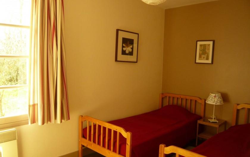 Location de vacances - Gîte à Azay-le-Rideau - chambre deux lits 90x200