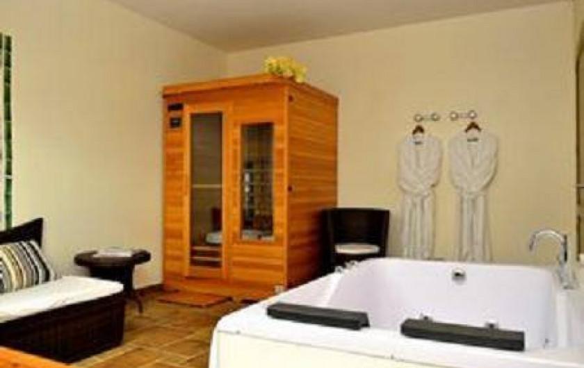 Location de vacances - Hôtel - Auberge à Oradour-sur-Vayres
