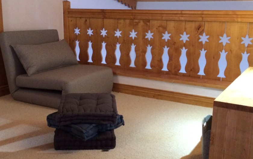 Location de vacances - Appartement à Arc 1800 - Coin télé et PS4 pour les jeux d'enfants au dernier étage