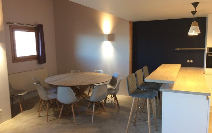Location de vacances - Appartement à Arc 1800 - Coin salle à manger pour 10 personnes