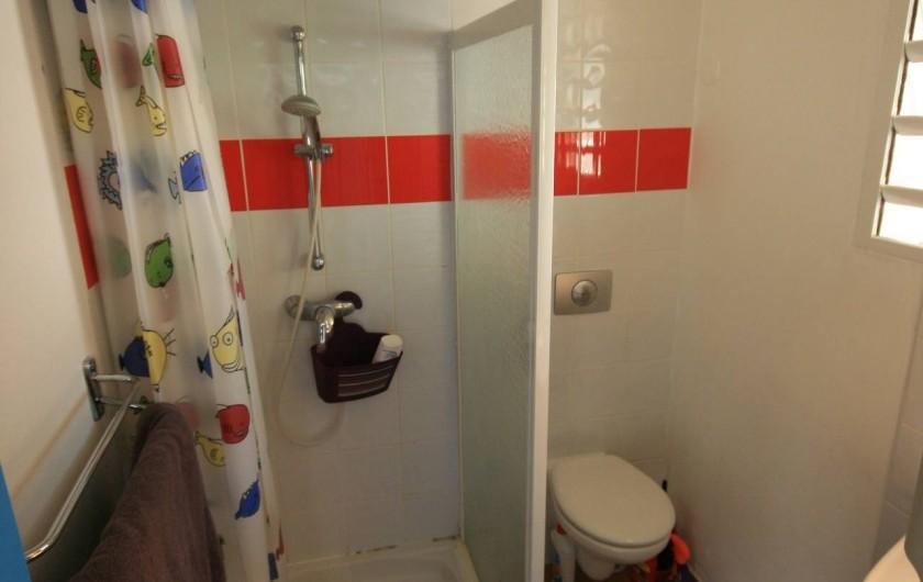 Location de vacances - Appartement à Sainte-Anne - Salle de douche