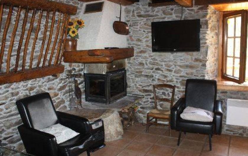 Ancienne grange rénovée près du Val d\'Aran à Melles dans la Haute ...