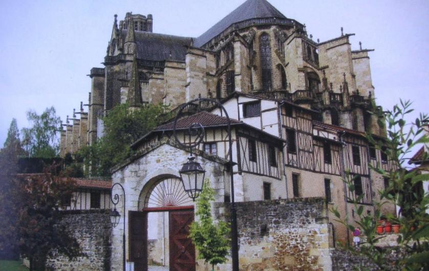 Location de vacances - Appartement à Verneuil-sur-Vienne - Cathédrale de Limoges