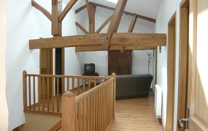 Location de vacances - Gîte à Saint-Aulaye - Loggia ouvrant sur les 3 chambres, avec clic-clac.