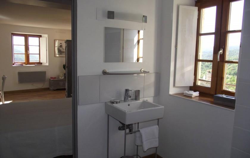 Location de vacances - Gîte à Le Poët-Laval - Salle de Bain Chambre Perle
