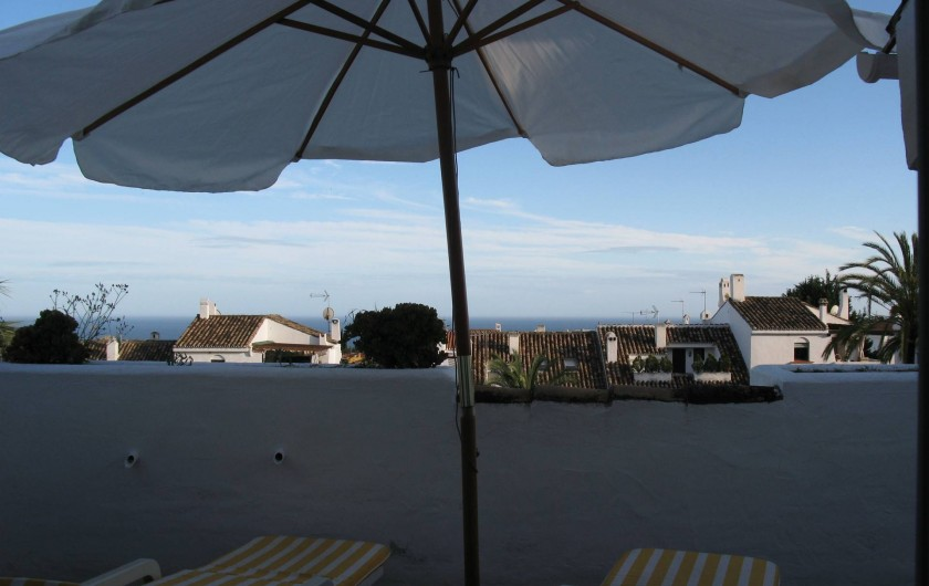 Location de vacances - Chalet à Marbella - terrasse avec vue sur la mer