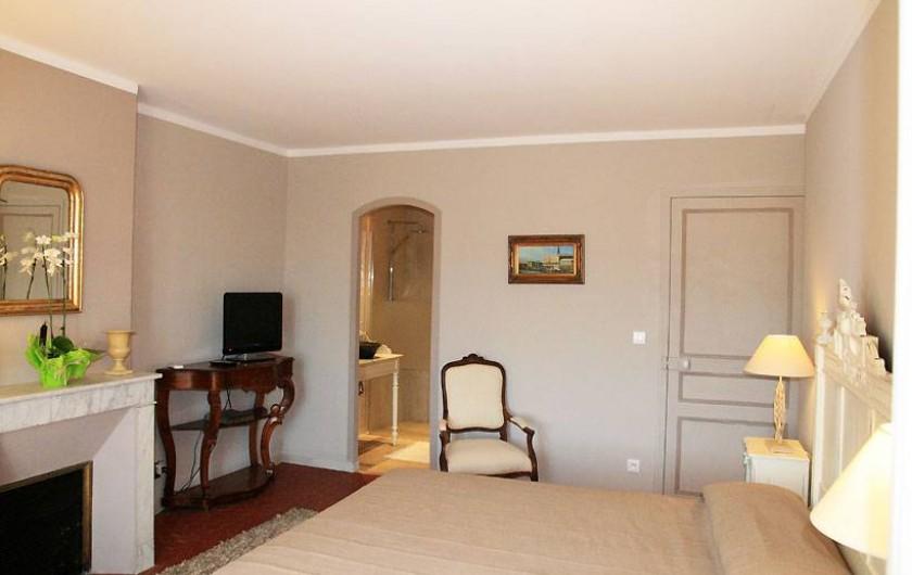 Location de vacances - Chambre d'hôtes à Grimaud - Chambre d'Emilie