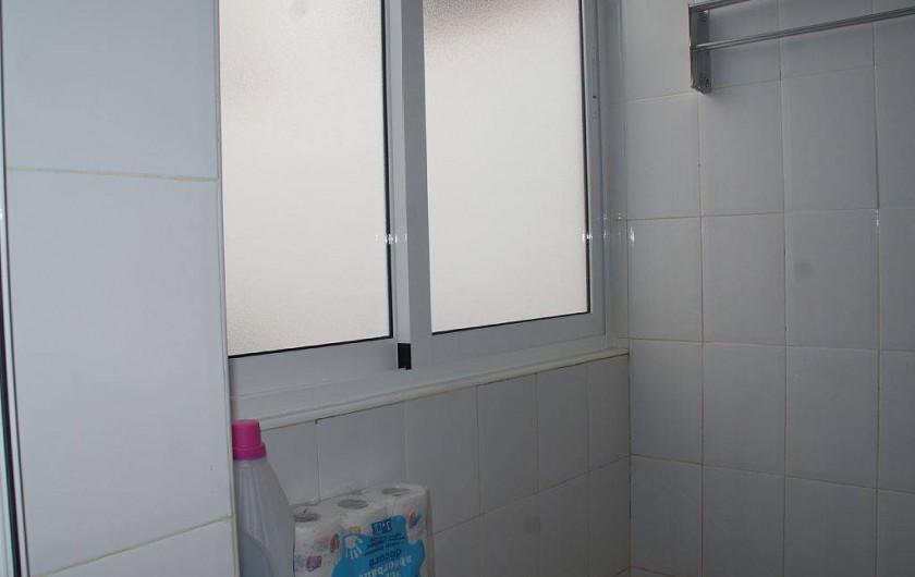 Location de vacances - Appartement à Punta Prima - Balcon laverie