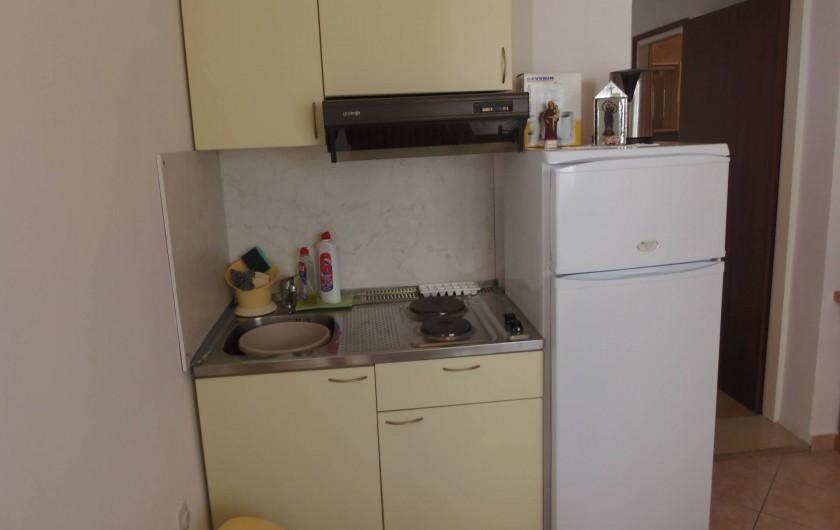 Location de vacances - Appartement à Veli Rat - la cuisine APT2