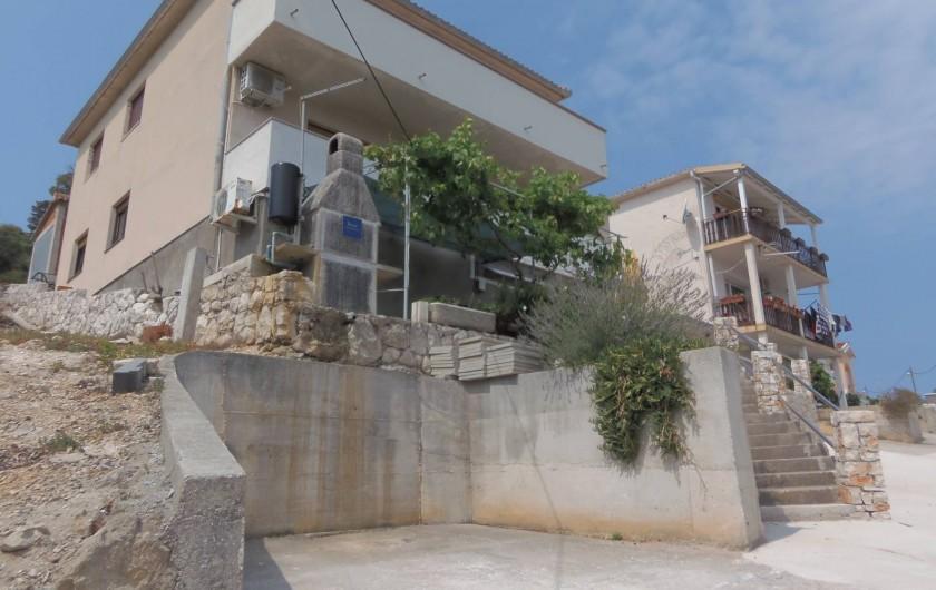 Location de vacances - Appartement à Veli Rat - Parking APT1