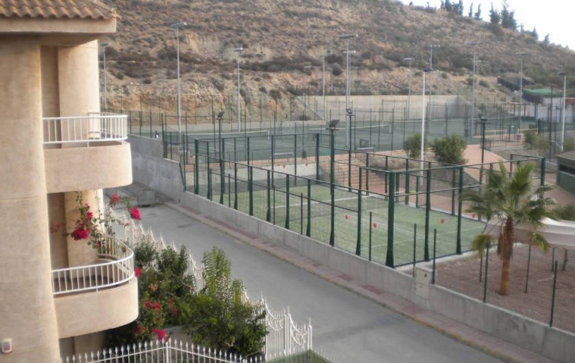 Location de vacances - Appartement à Puerto de Mazarrón - TENNIS -PING PONG-BASKET EN FACE