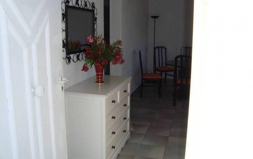 Location de vacances - Appartement à Saint-Aygulf - Entrée
