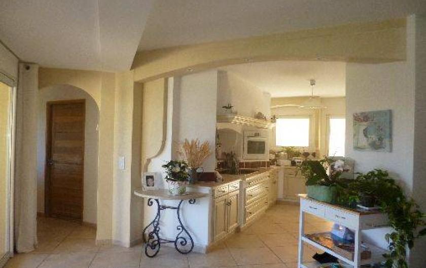 Location de vacances - Maison - Villa à La Crau - Vue Cuisine