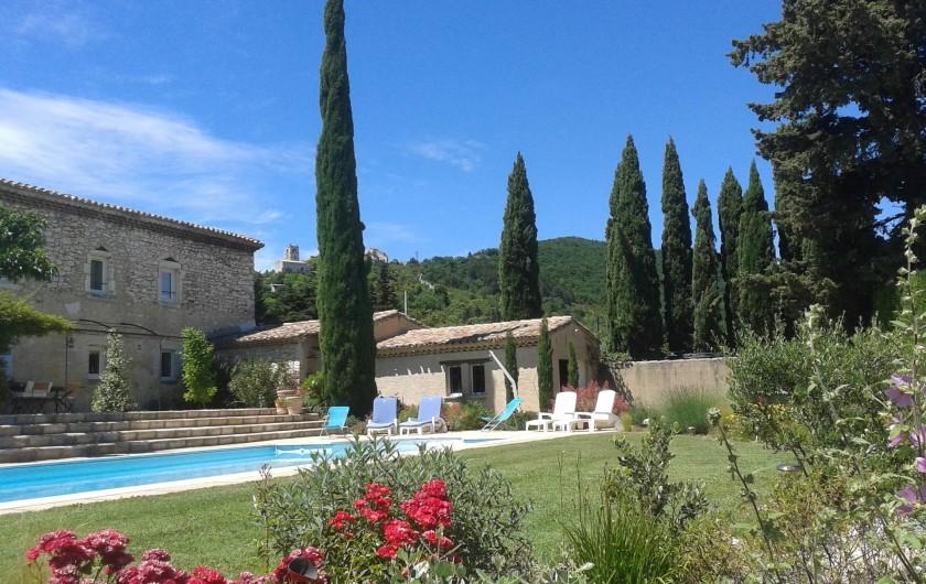 Location de vacances - Chambre d'hôtes à Marsanne - Piscine - jardin