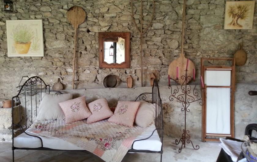 Location de vacances - Chambre d'hôtes à Marsanne - le séjour d'été
