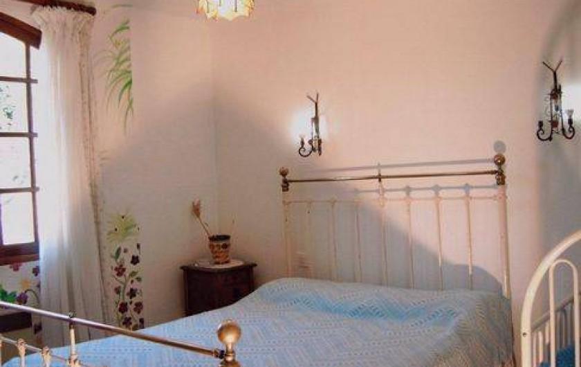 Location de vacances - Villa à Montferrat - une des 4 chambres