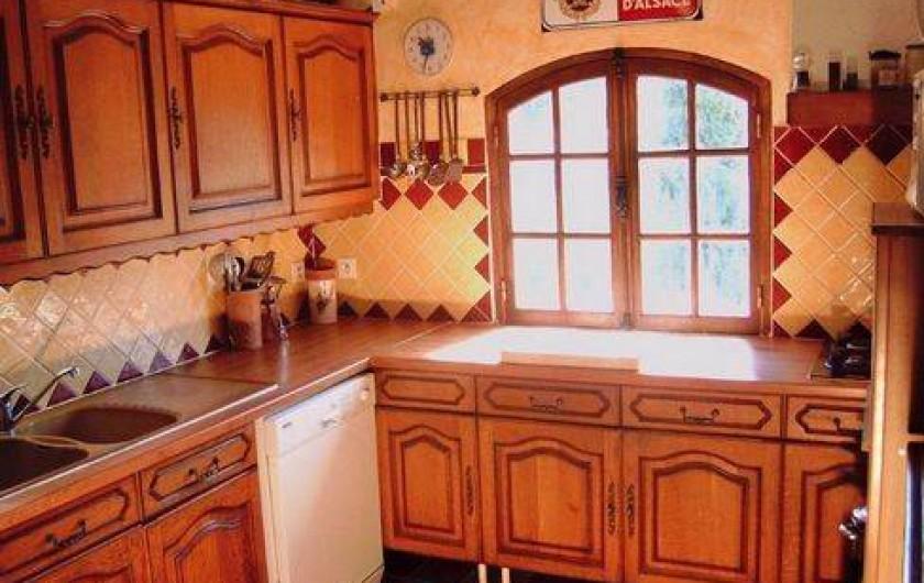 Location de vacances - Villa à Montferrat - cuisine avec tres belle vue