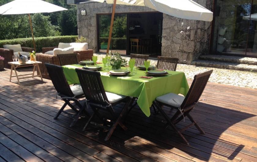 Location de vacances - Chalet à Vieira do Minho - L´extérieur avec barbecue