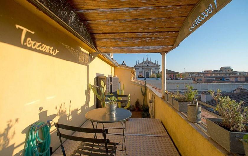 Location de vacances - Studio à Rione III Colonna - la terrasse et la vue de dessus de la plate-forme