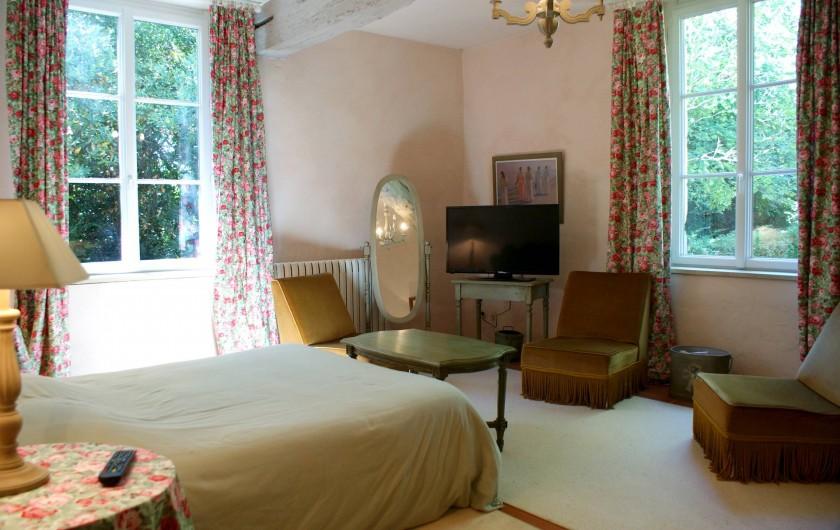 Location de vacances - Chambre d'hôtes à Saint-Léger - Suite familiale : chambre parentale avec lit de 160