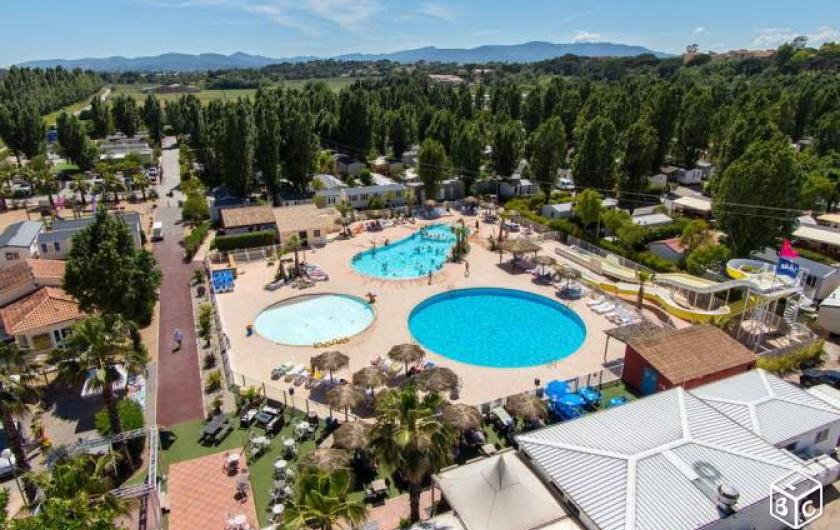 Location de vacances - Bungalow - Mobilhome à Fréjus - VUE ENSEMBLES PISCINES