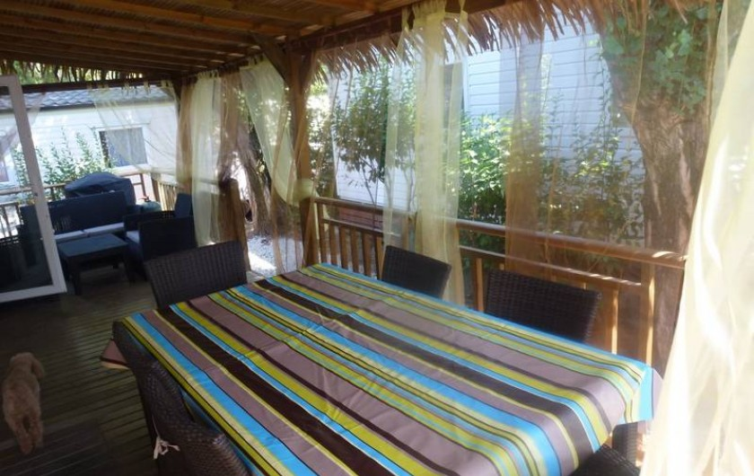Location de vacances - Bungalow - Mobilhome à Fréjus - SALLE A MANGER  TERRASSE