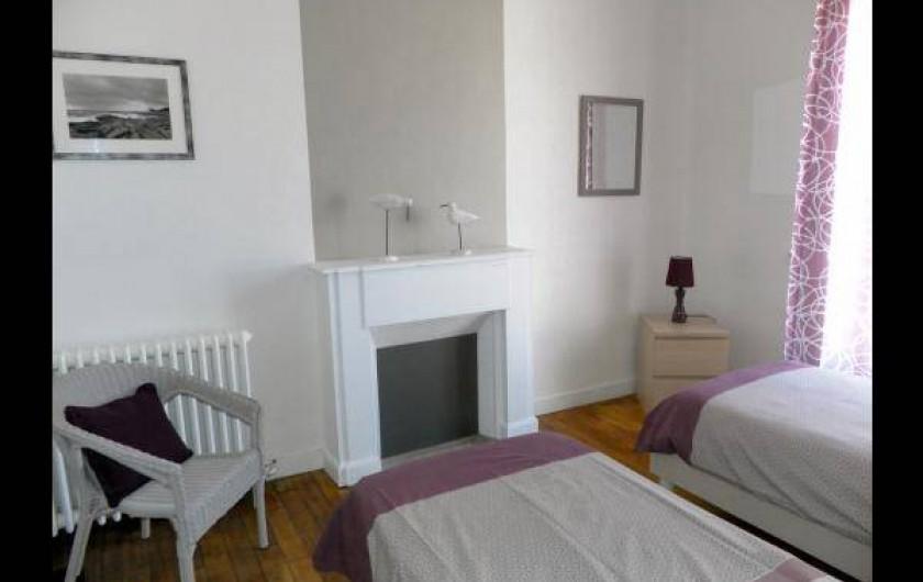 Location de vacances - Chambre d'hôtes à Guilvinec - Chambre Galet 1er étage vue sur rue (très calme)