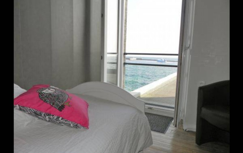 Location de vacances - Chambre d'hôtes à Guilvinec - Chambre Ecume 1er étage vue splendide sur mer